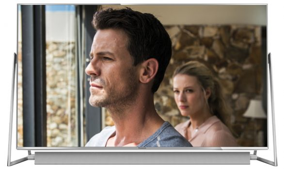 Panasonic DX802 Ultra HD THX Certified LED HDR 4K Smart TV with Freeview Play, Freetime, Sound Bar and A-Frame Design